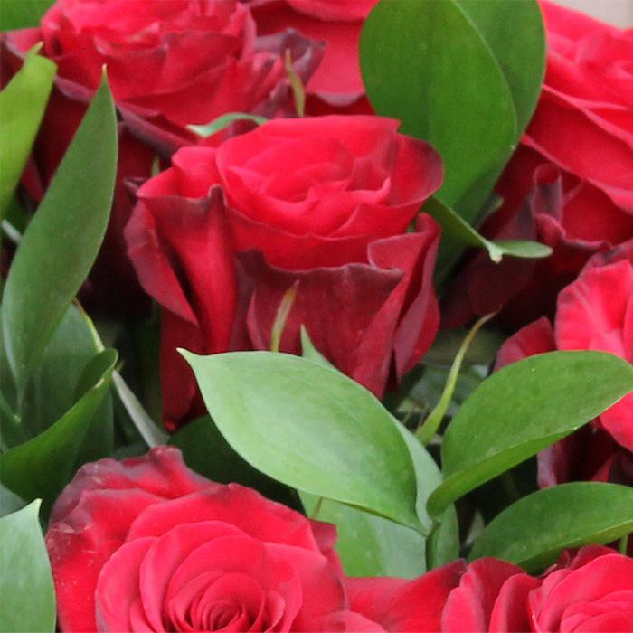 фото 3: Корзина из 17 красных роз