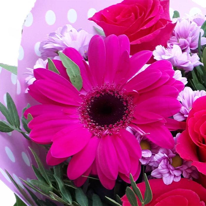 фото 3: Малиновый букет с розами и другими цветами